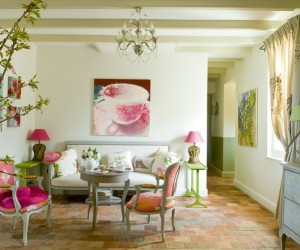 The above room is not from Designer's Guild but found via Decoratualma.