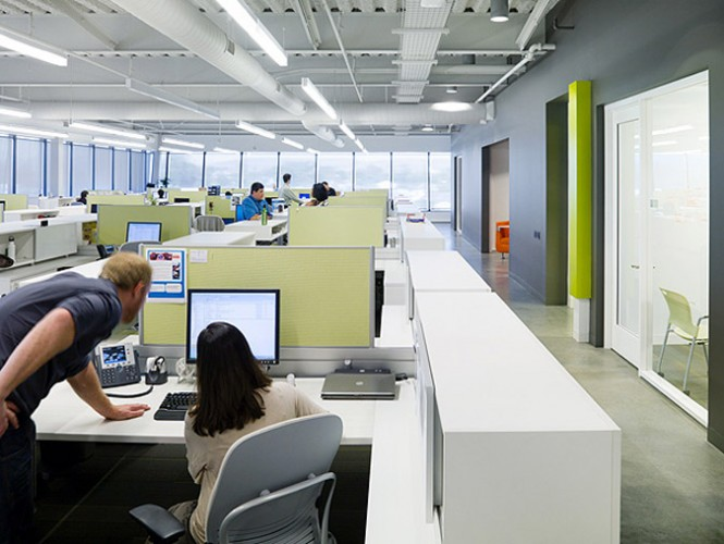 colorful-office-cubicles