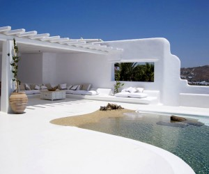 greek-villa-pool