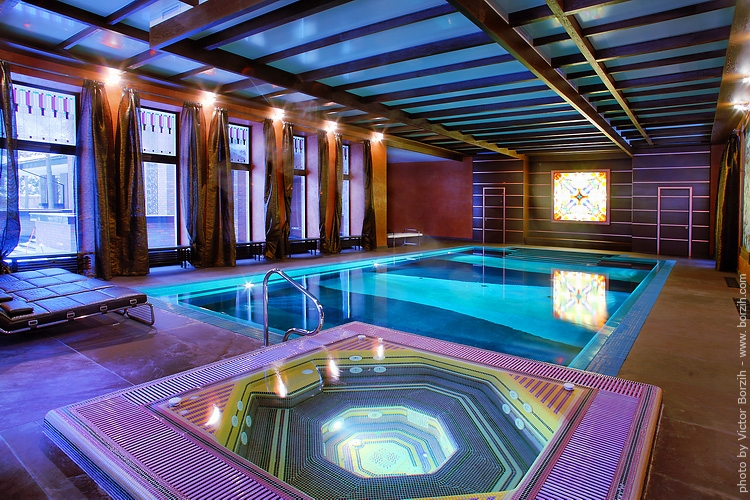Indoor pool lighting interior design ideas for Luxury pool house plans