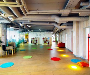google office cubicles person google russia offices in tel aviv israel