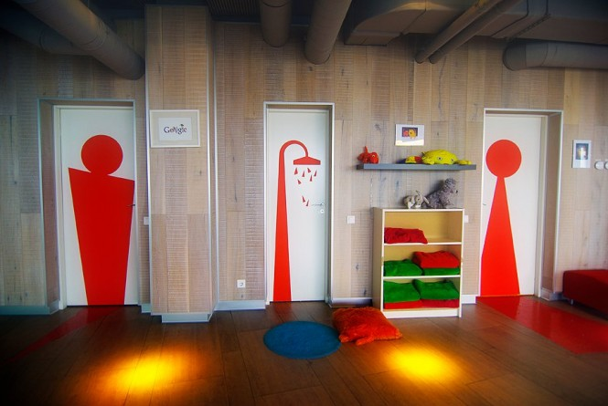 Google russia offices for Google office interior designs pictures