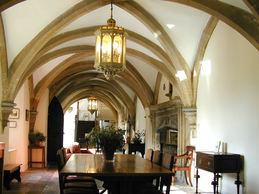 Castle themed interiors for Dining hall interior design
