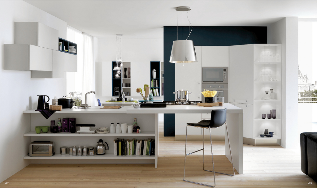 Open modern kitchens with few pops of color for Open kitchen style