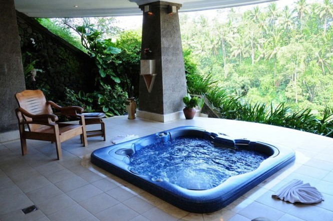 The jacuzzi.