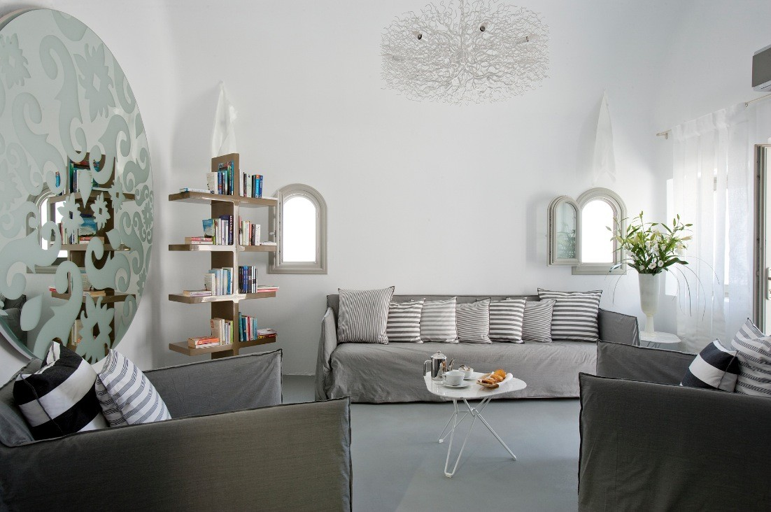 Grace santorini white living area interior design ideas for Living area decoration