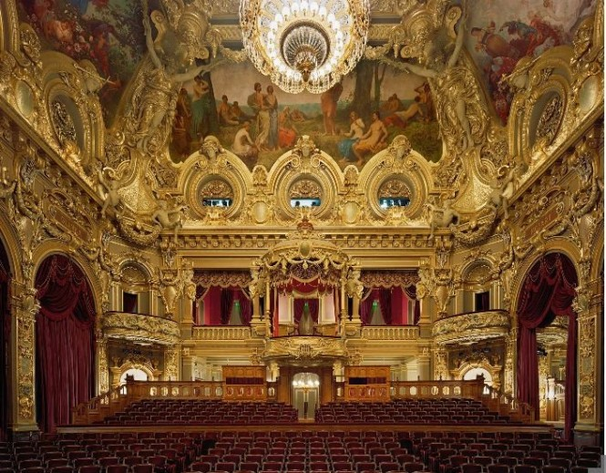 opera house interior gold and red