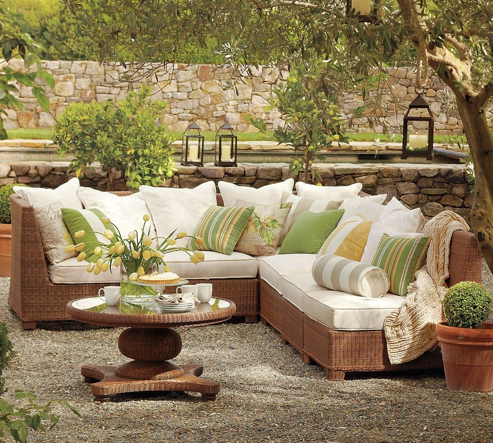 pottery barn outdoor green and beige furniture | interior design