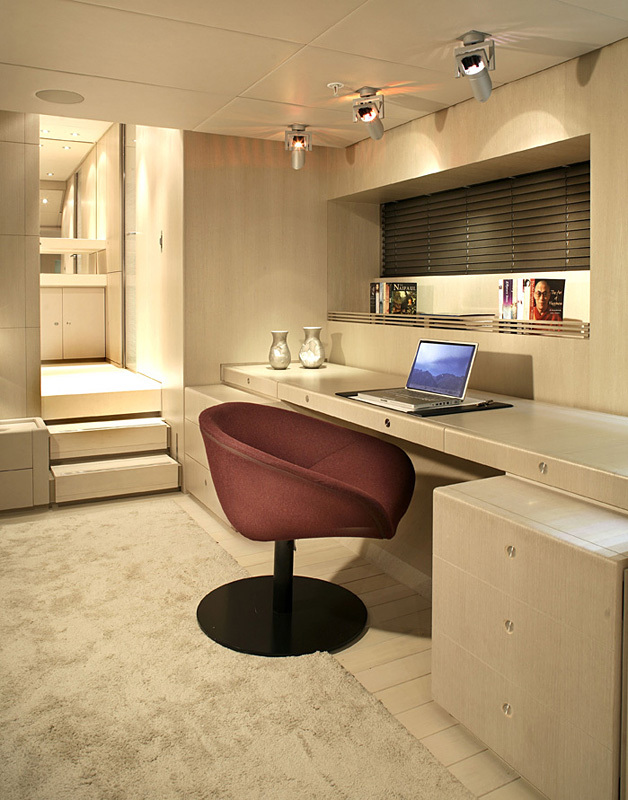 The Red Dragon even has a small office for those that cannot escape their work (even when on a luxury yacht).