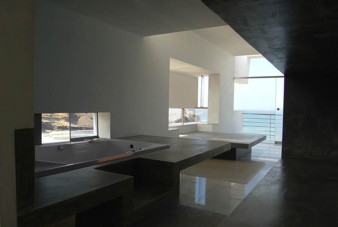 Lefevre House An Imposing Abode Overlooking The Ocean