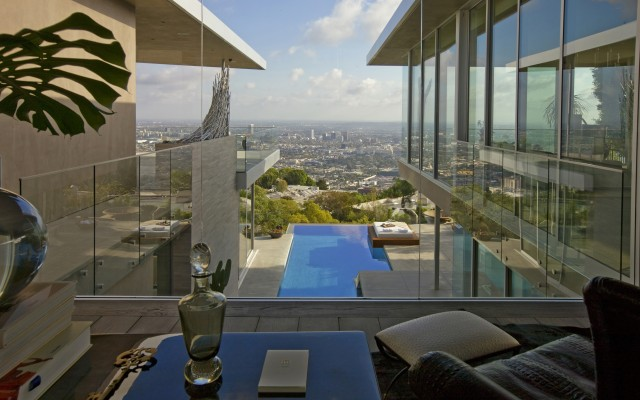 House With Spectacular Downtown City Views