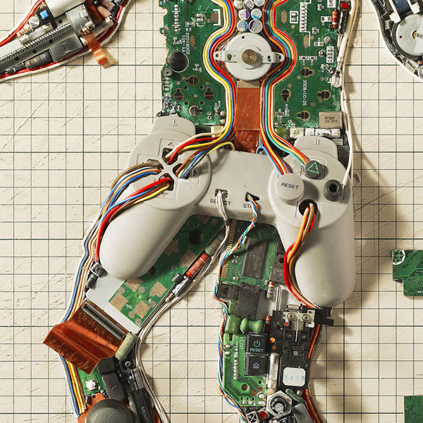 Components Of Art : Stunning wall art created from electronic components