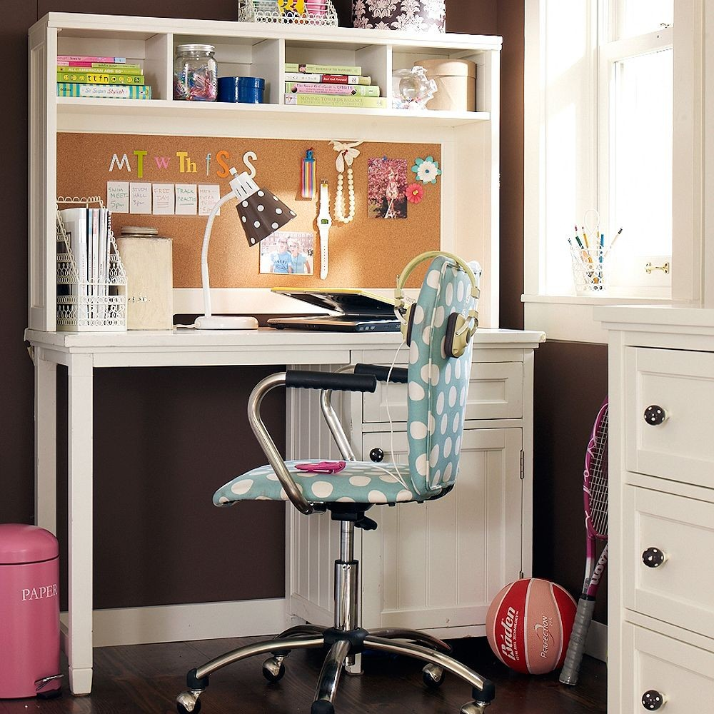 Desk For Girls Bedroom 12 Kids Bedrooms With Cool Builtins