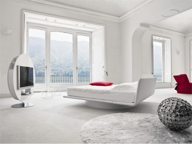 luxury-white-red-bedroom