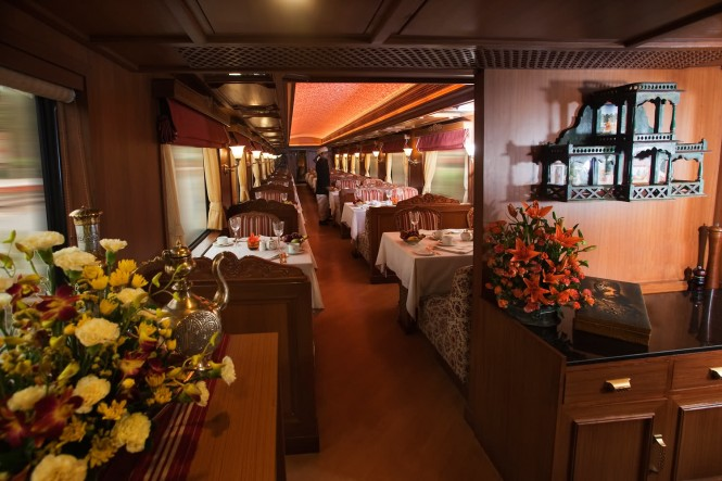 maharaja express interior dinin