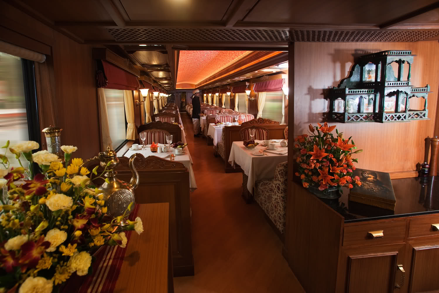 maharajas 39 express a luxury train in india. Black Bedroom Furniture Sets. Home Design Ideas