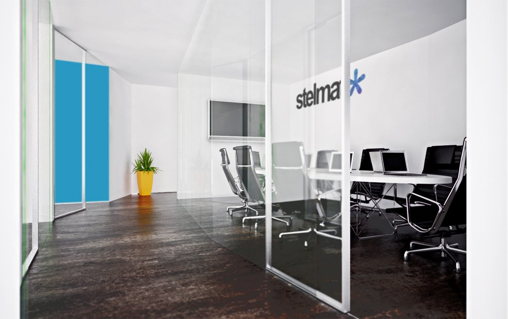 Beautiful offices of stelmat teleinformatica for Beautiful office interiors