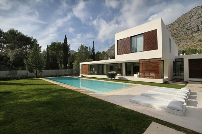 spectacular villa with pool