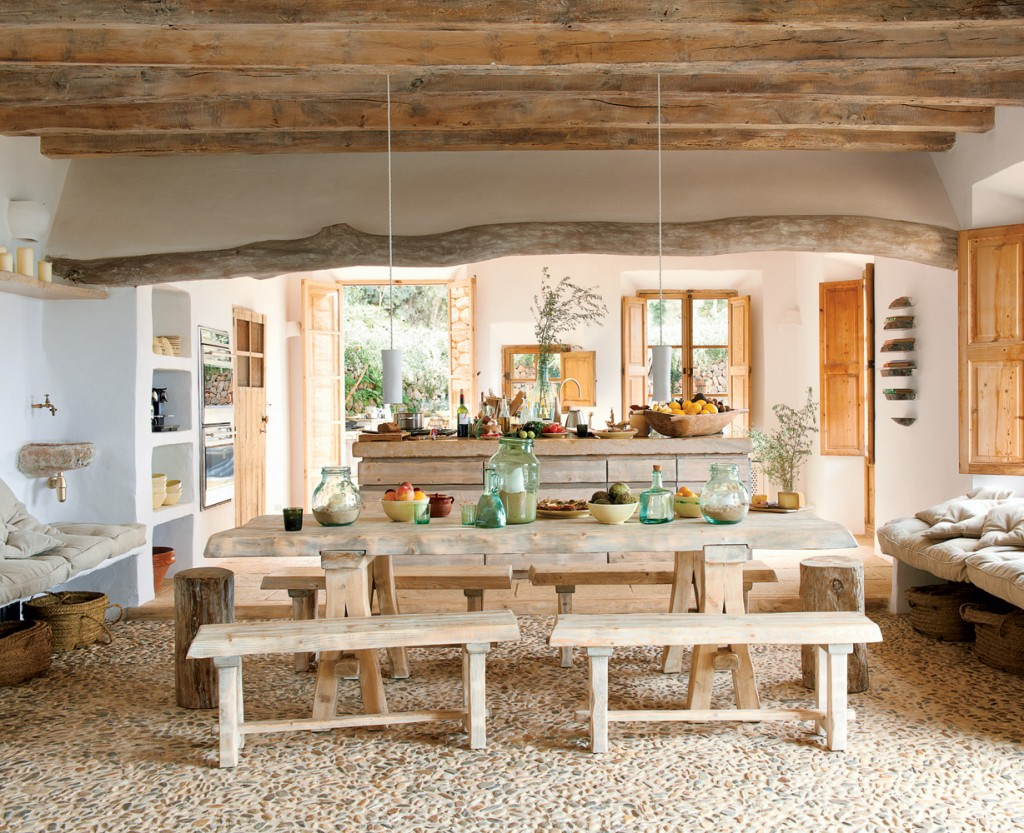 coastal cave house of french designer alexandre de betak - Coastal Home Design