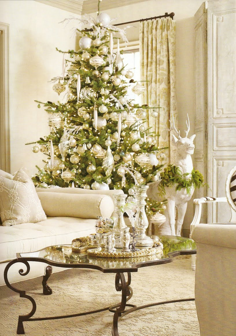 White christmas interior design ideas for Interior xmas decorations