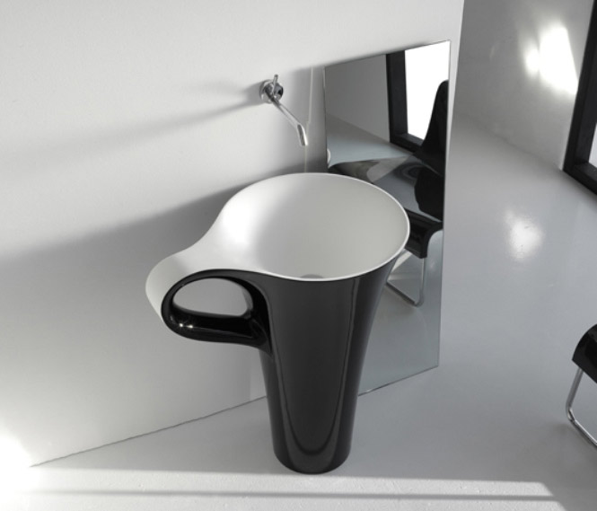 black coffee cup basin