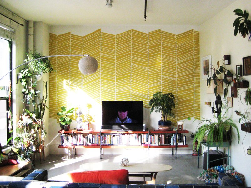23 yellow red living room interior design ideas for Yellow modern living room ideas