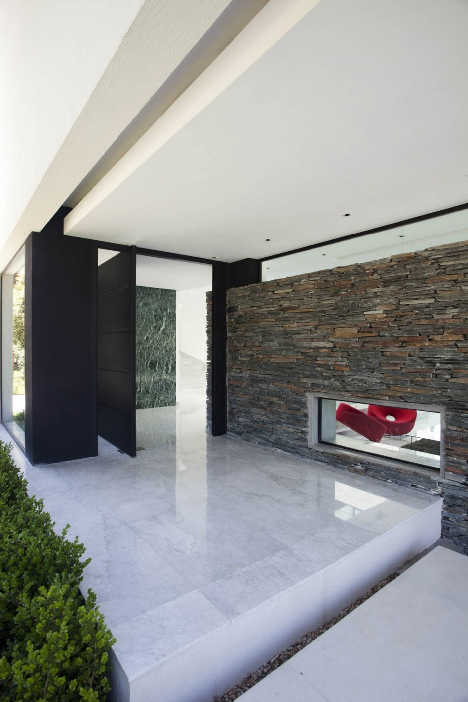 Carrara House entrance door | Interior Design Ideas.