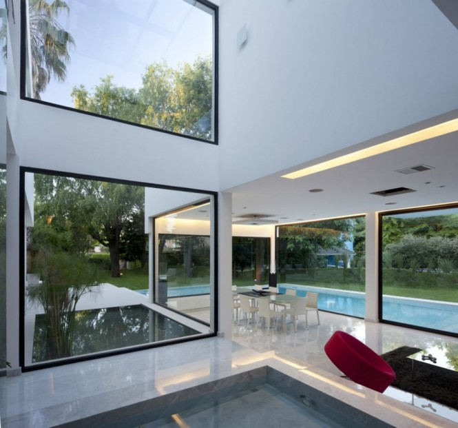 Carrara House inside outside living