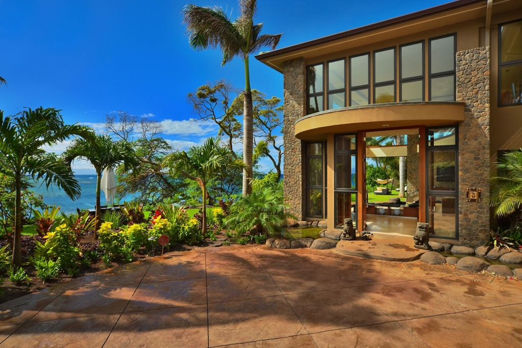 Hawaii Beach House Luxury Interior Design Ideas