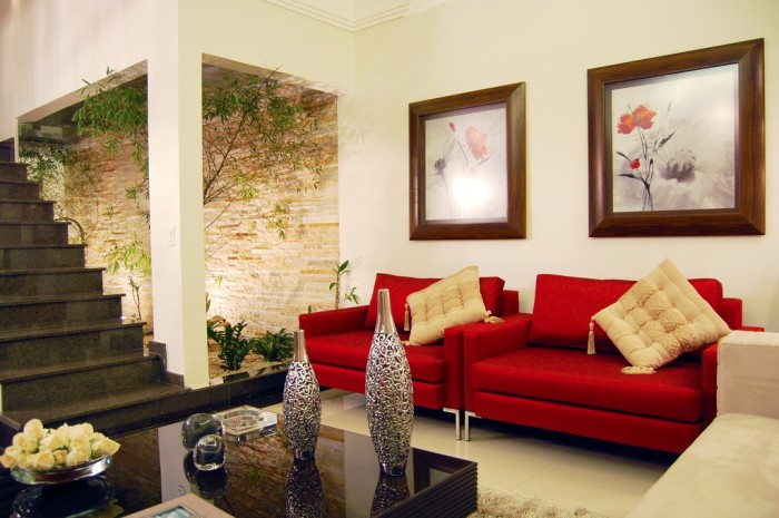 12 red white living room courtyard
