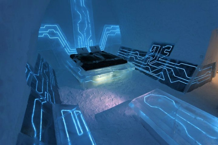 4 Tron Blue Futuristic Bedroom Theme Interior Design Ideas