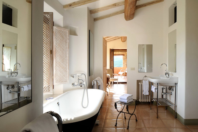 Col delle noci italian villa bathroom interior design ideas Italian bathrooms
