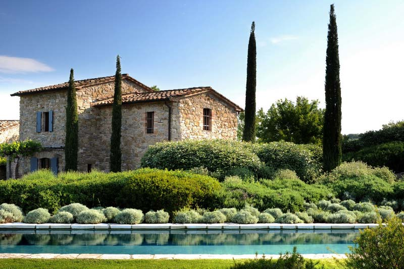 Italian villa, as seen on The most-used nouns n.006 CASA on www.viaoptimae.com, originally from www.home-designing.com