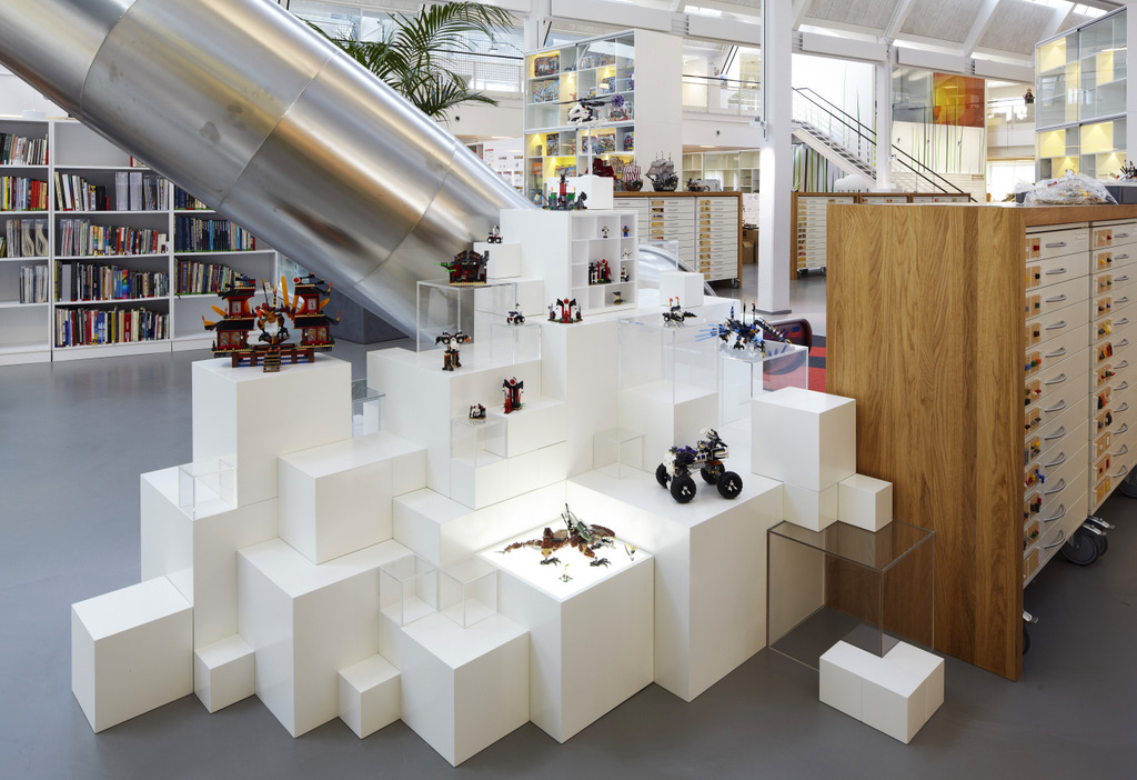 Lego Merchandise Display Plinths Interior Design Ideas
