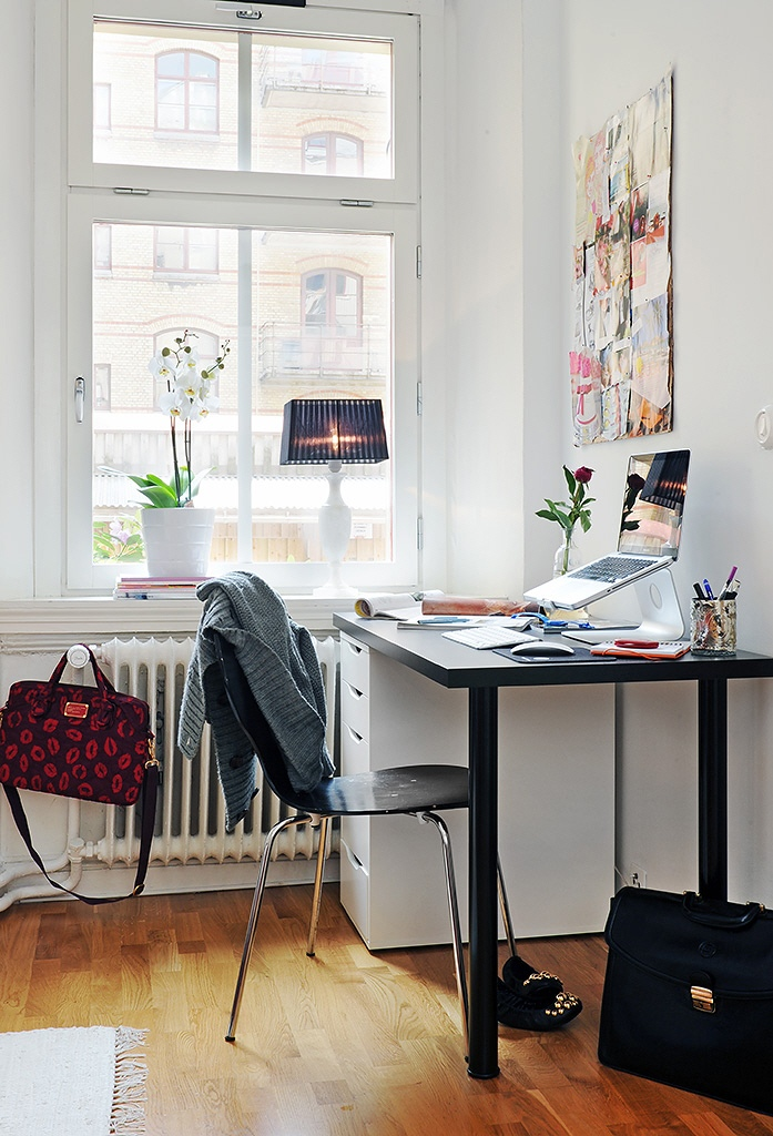 Funky workspaces with artistic flair for Studio apartment office