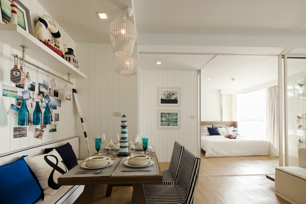 Blue white nautical dining room interior design ideas for Ocean themed interior design
