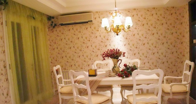 white green dining room floral wallpaper