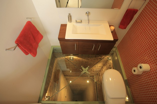 Clear glass floor red mosaic tile