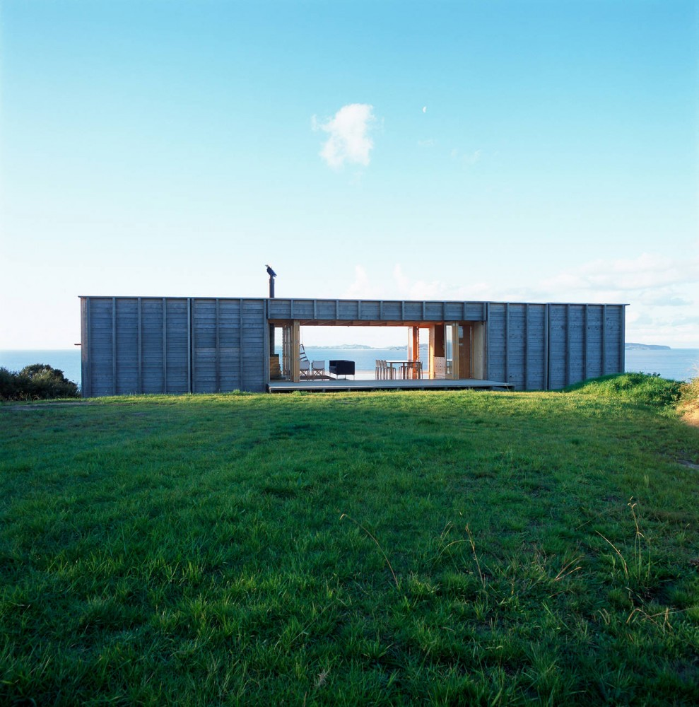 Container like bach in coromandel - Container home architects ...