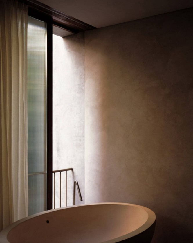 Neutral bathroom freestanding bath