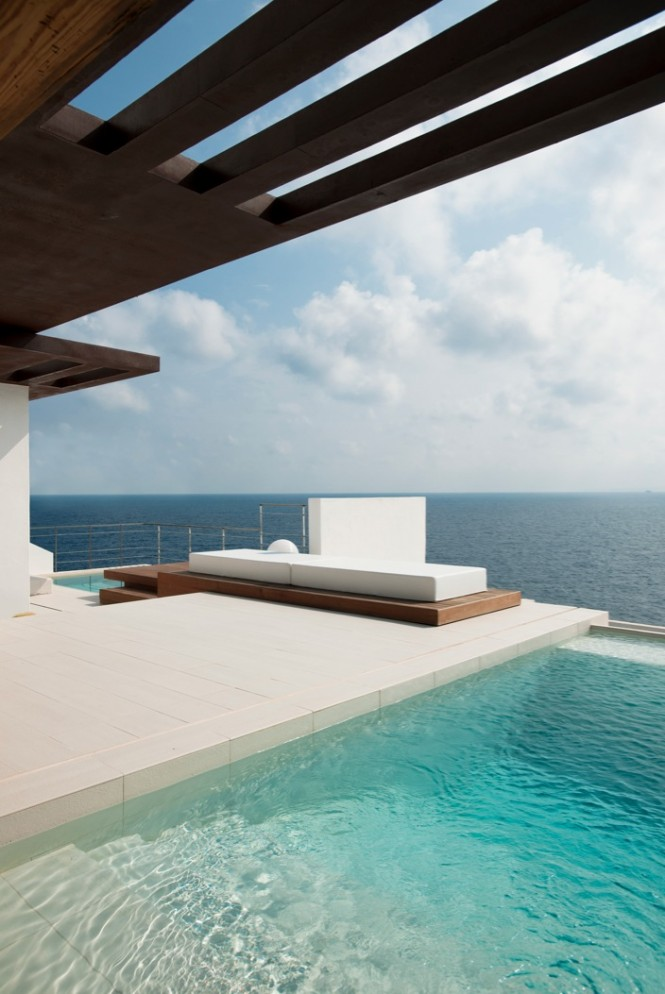 Private pool ocean view