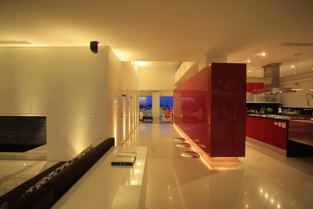 High End Contemporary Interior Design Decoration Ideas Red White Open Plan Decor Ideas Interior Design Ideas