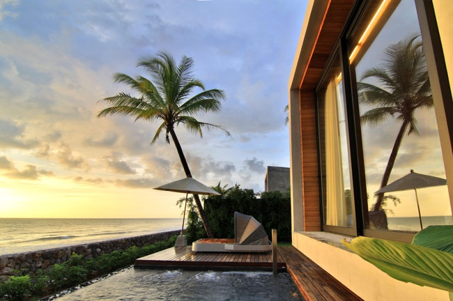 beachfront private pool villa