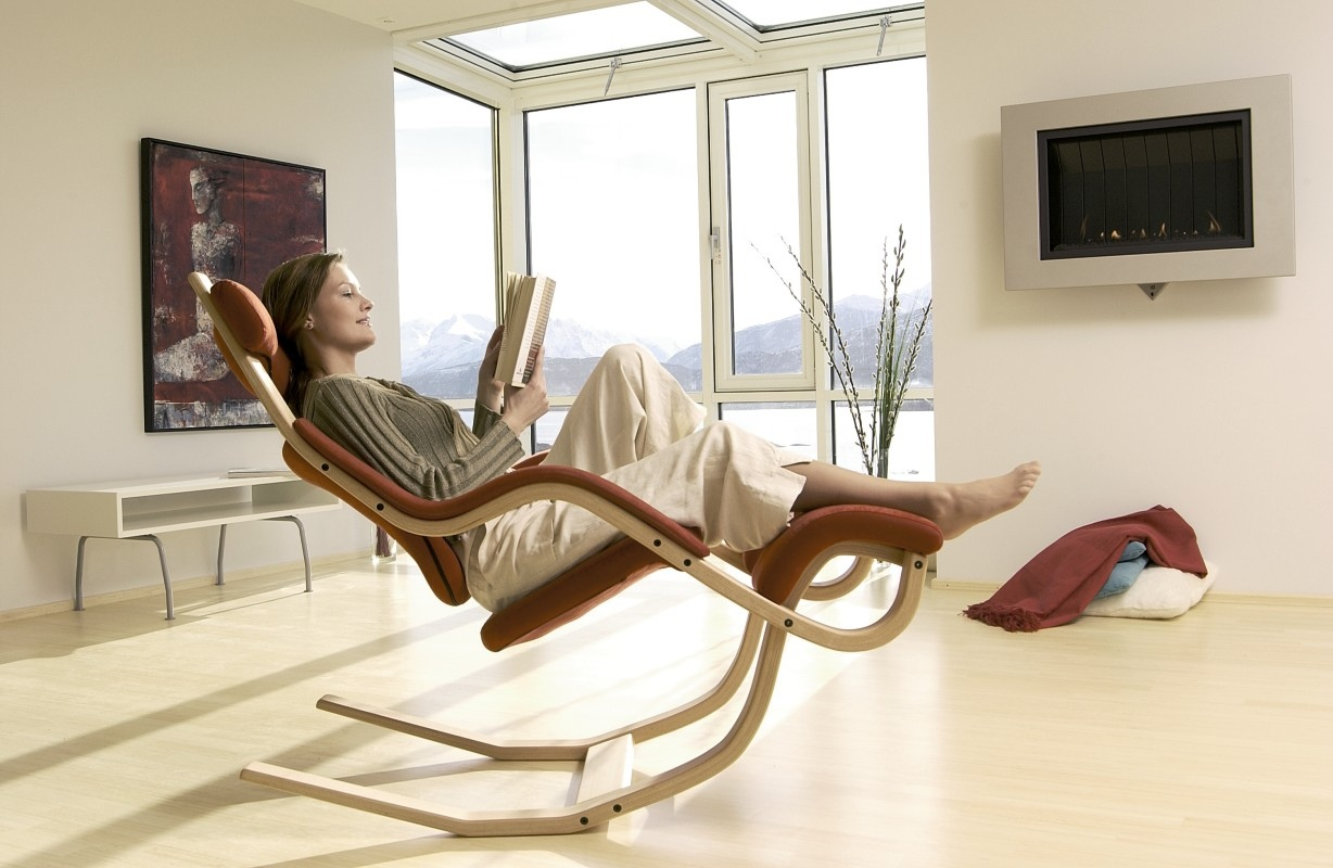 Beautiful recliners do they exist for Modern design lounge chairs