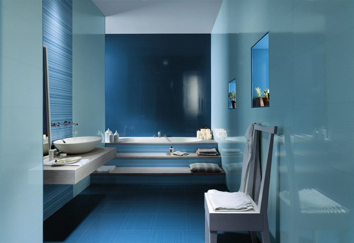Blue White Ceramic Bathroom Tiles Interior Design Ideas