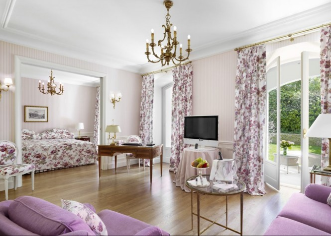 Purple white bedroom lounge