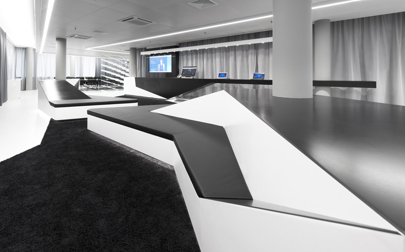 Black white meeting room interior design ideas for Home office switzerland