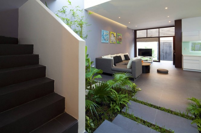 Open plan home with courtyard