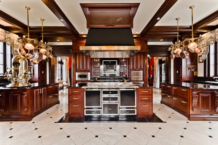 Classic luxury kitchen interior design ideas for Luxury home kitchen designs