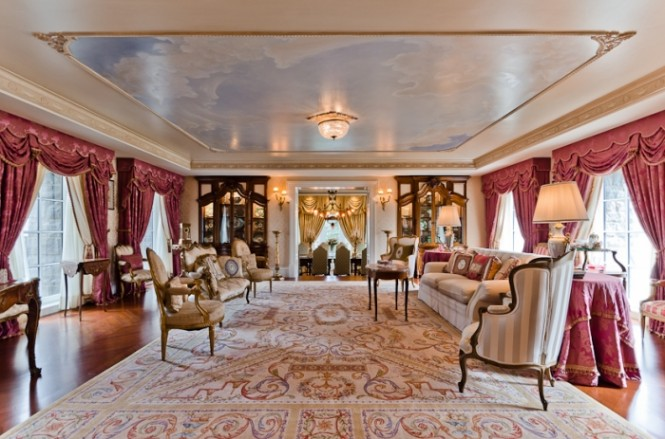 regal celebrity decor